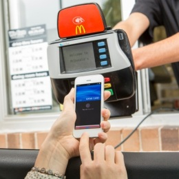 using apple pay with iPhone 6