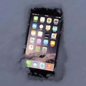 iphone 6 plus in snow