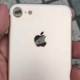 iphone 7 protruding rear camera leak