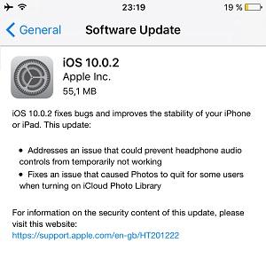 iOS 10.0.2 Software Update screen.