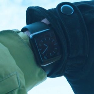 checking apple watch while skiing