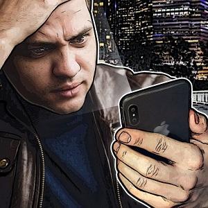 man fools iphone x face id