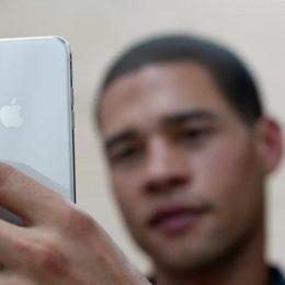 iPhone X Autofocus problem.