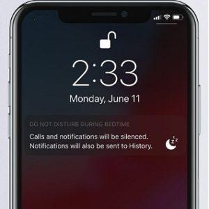 iPhone X running do not disturb bedtime mode