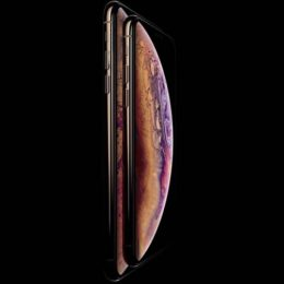 iphone xs and xs plus displaying soap bubble wallpaper
