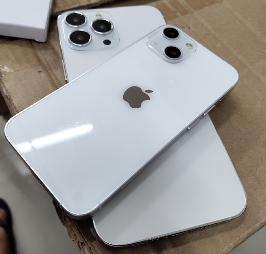 iphone 13 pro max vs iphone 13 dummy