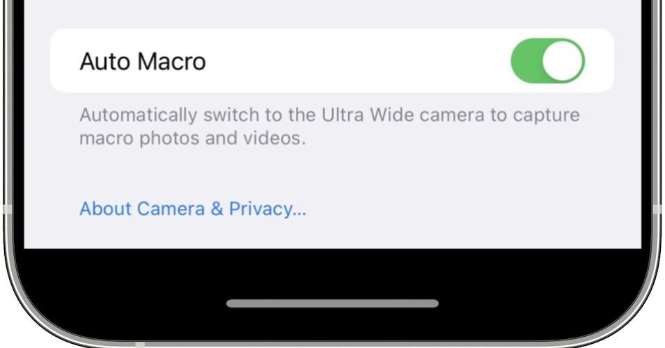 Auto Macro toggle for Camera in iOS 15.1